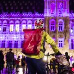 Bowie memorial draws 200 fans to Brussels' Grand Place